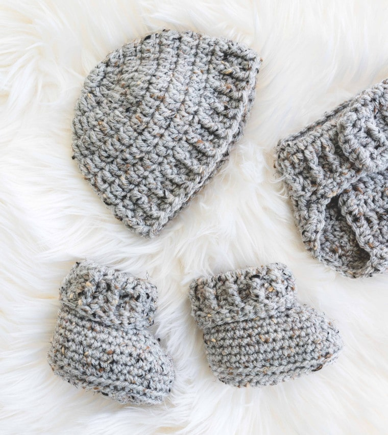 The crochet Parker baby set by Sewrella