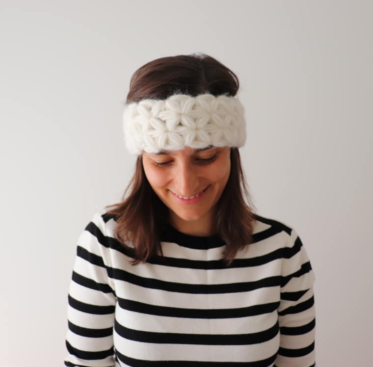 Susana from Fluffy Stitches wearing the headband