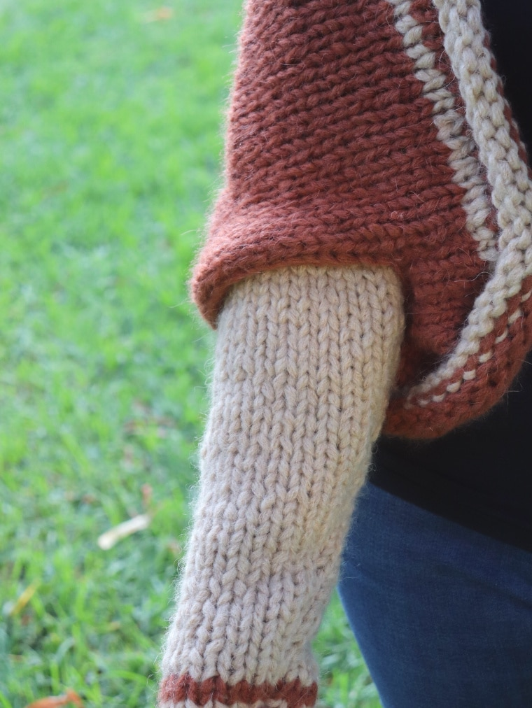 Detail of the sleeve from the Knit Barcelona Shrug